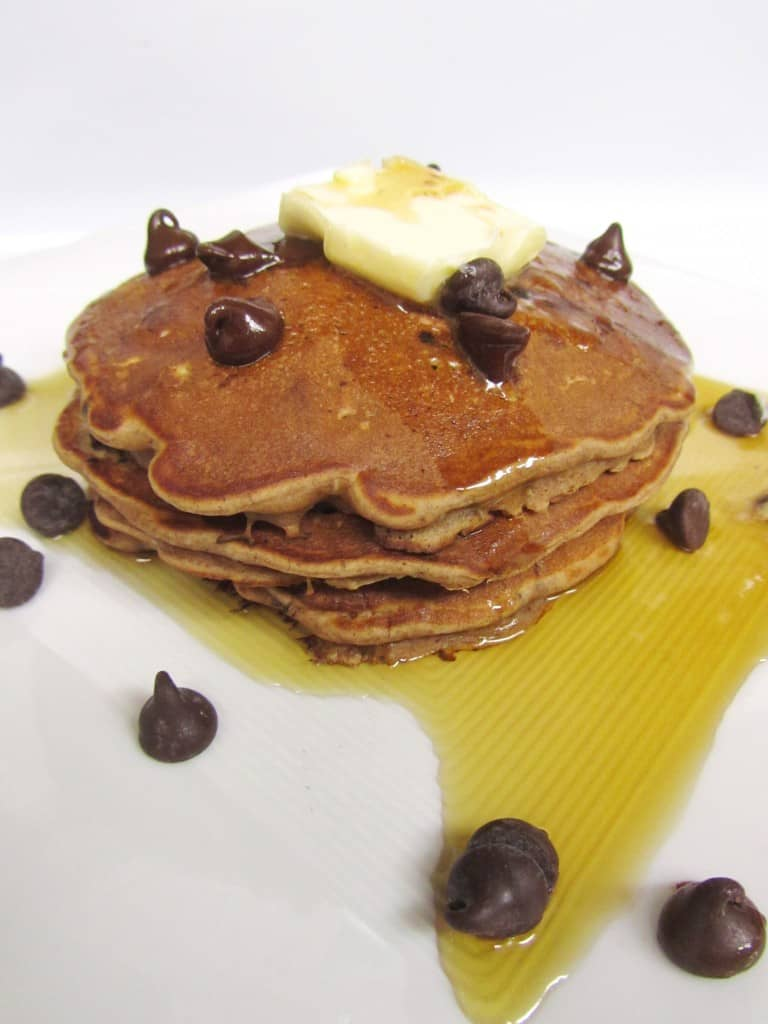 Oatmeal Cookie Pancakes | The Spiffy Cookie