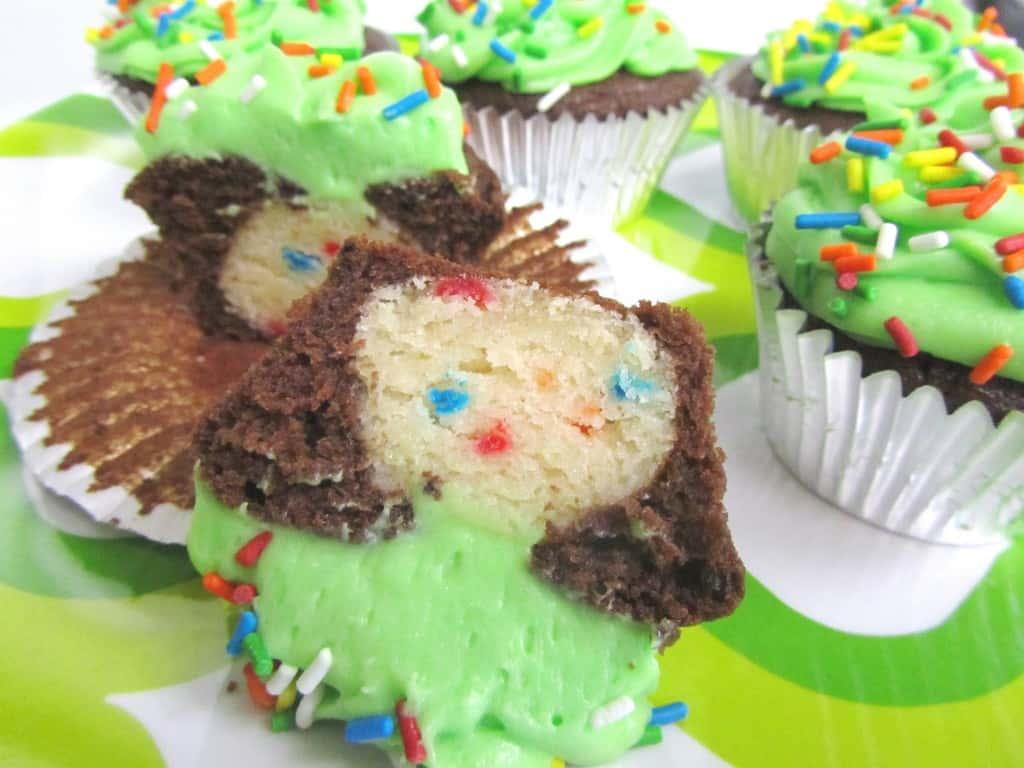 Funfetti Truffle Chocolate Cupcakes | The Spiffy Cookie