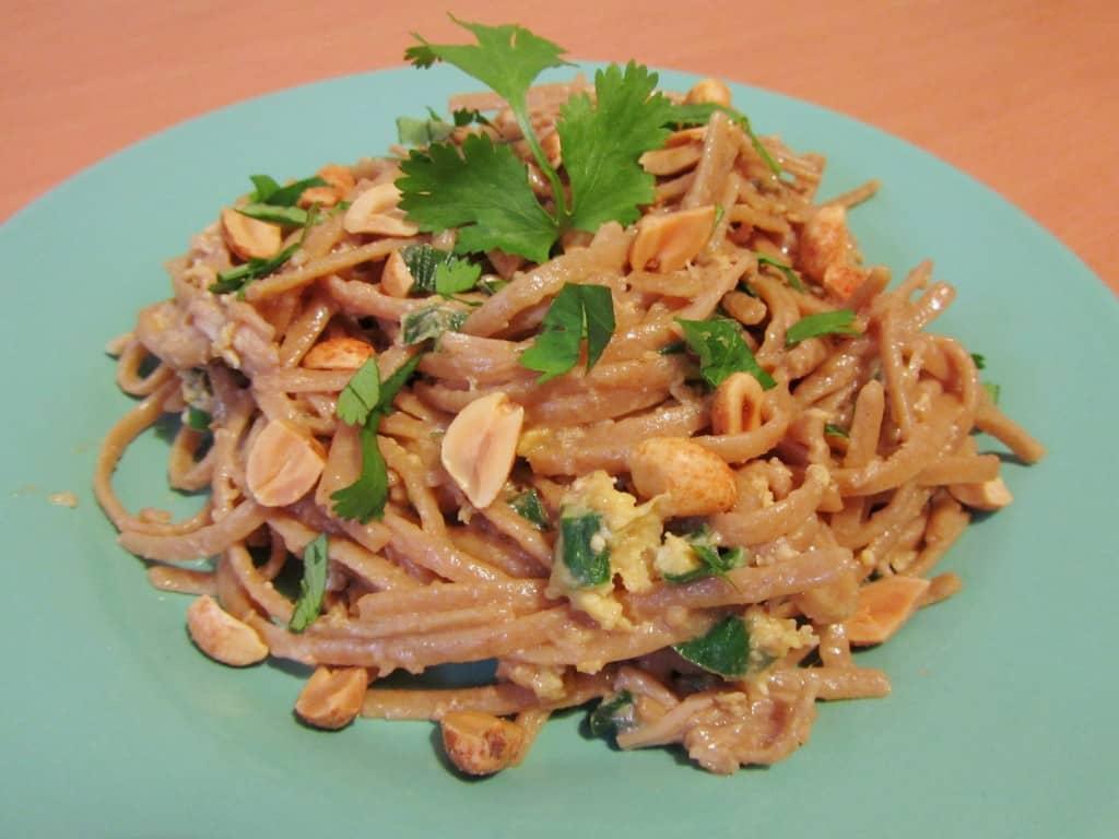 Chicken Pad Thai | The Spiffy Cookie
