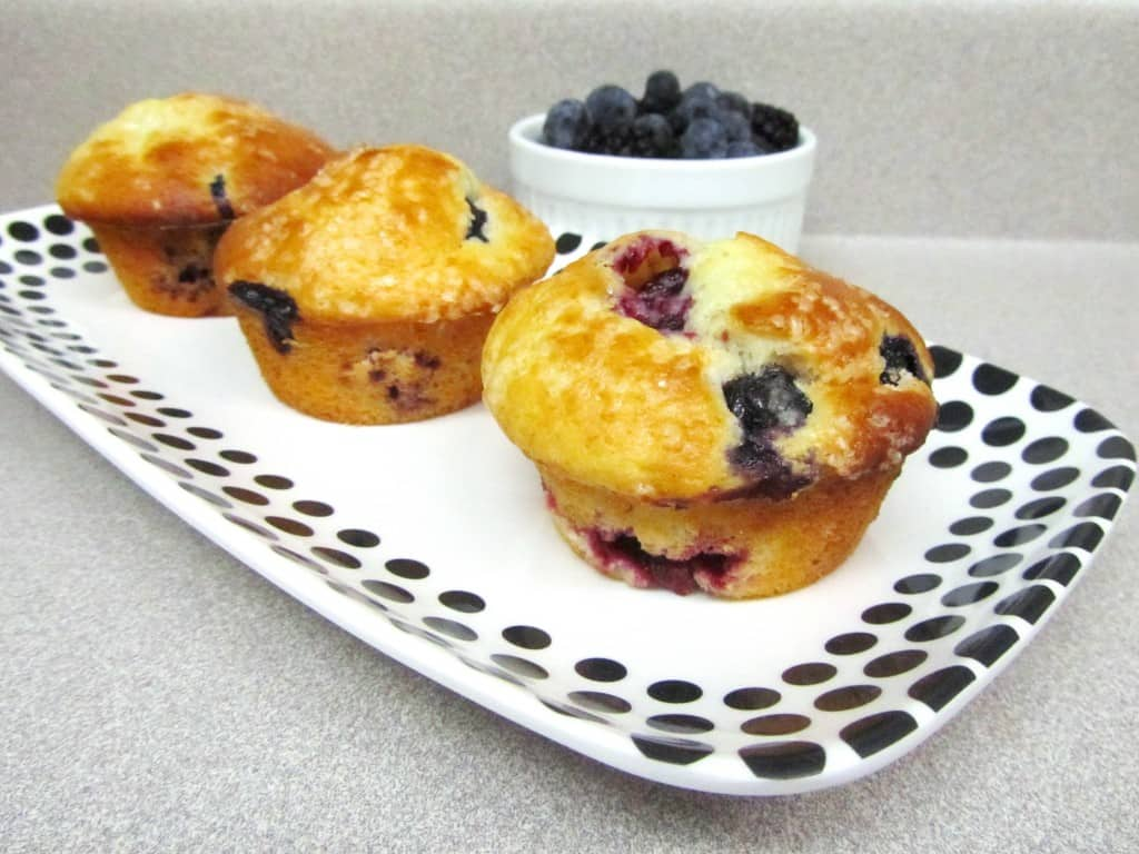 Blueberry-Blackberry Muffins | The Spiffy Cookie