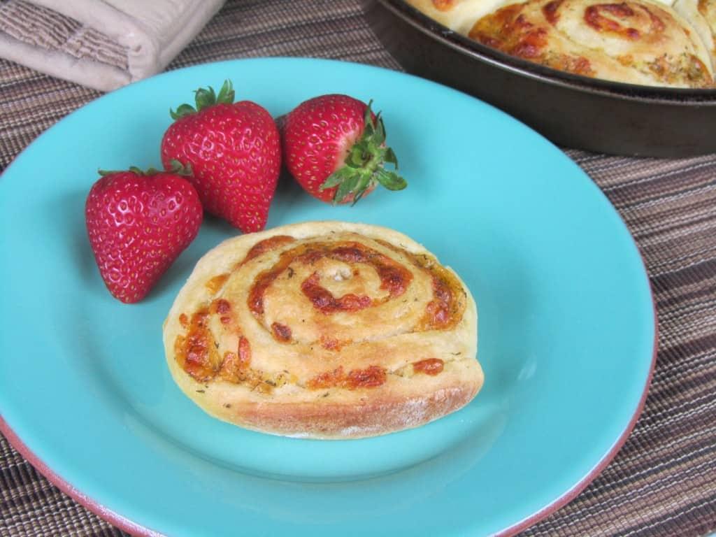 Cheddar Swirl Breakfast Buns 1