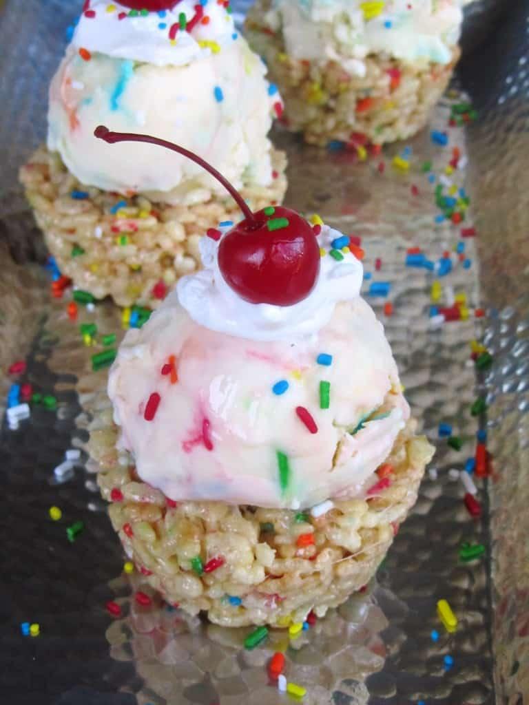 Funfetti Ice Cream Krispie Cupcakes