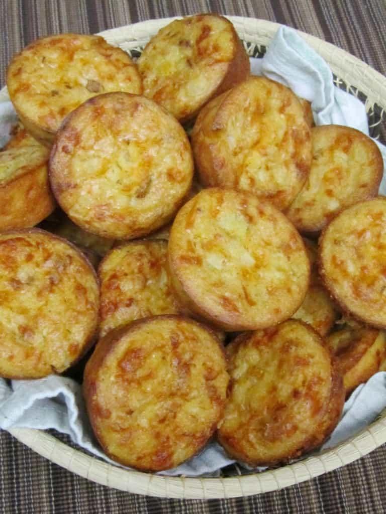 Gluten-Free Chipotle Cornbread Muffins 1