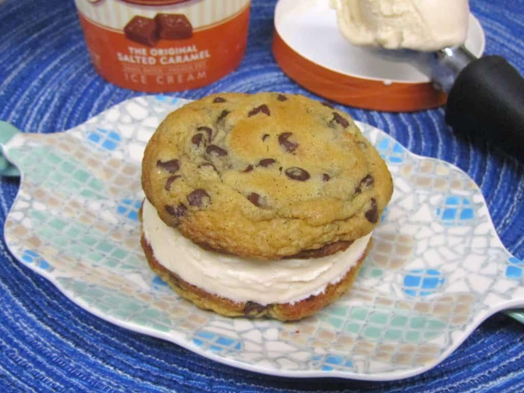 Graeters-Salted-Caramel-Ice-Cream