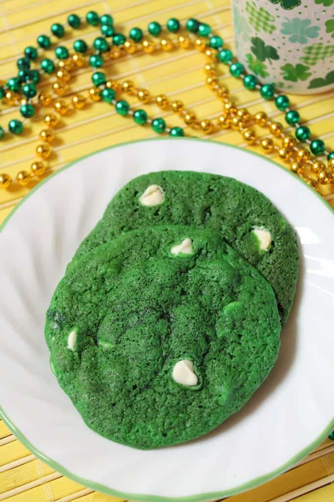 Small Batch Green Velvet White Chocolate Chip Cookies  The Spiffy Cookie