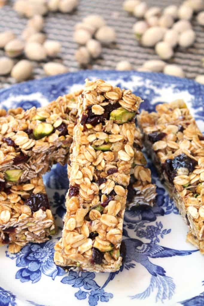 No-Bake Gluten-Free Cherry Pistachio Granola Bars