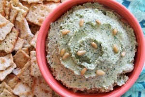 Roasted Garlic Kale Hummus 3