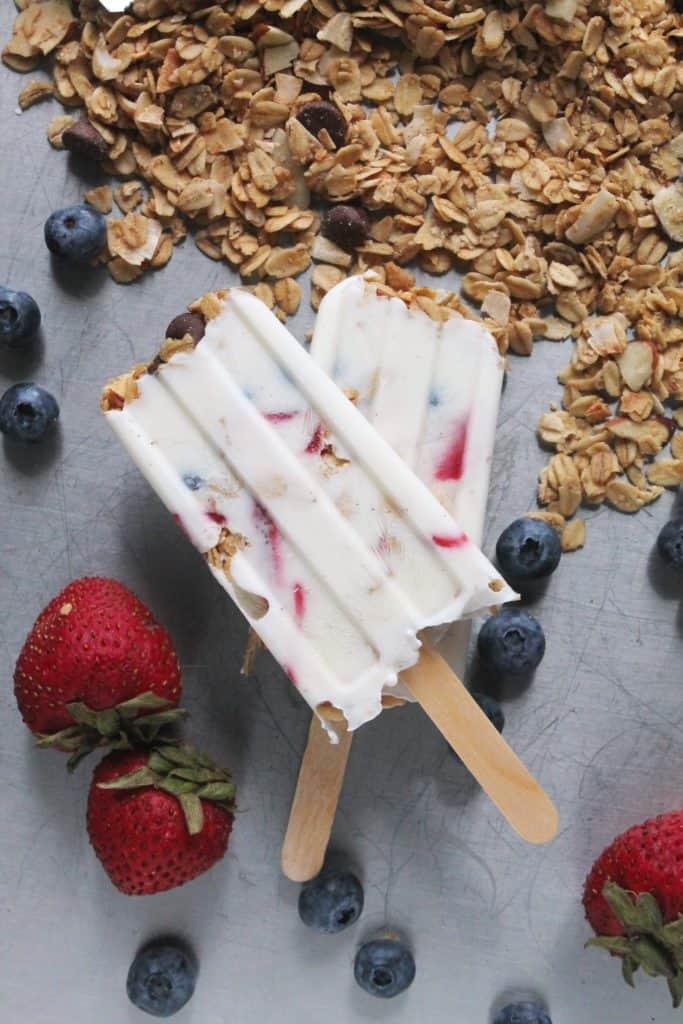 Breakfast Frozen Yogurt Parfait Popsicles 3