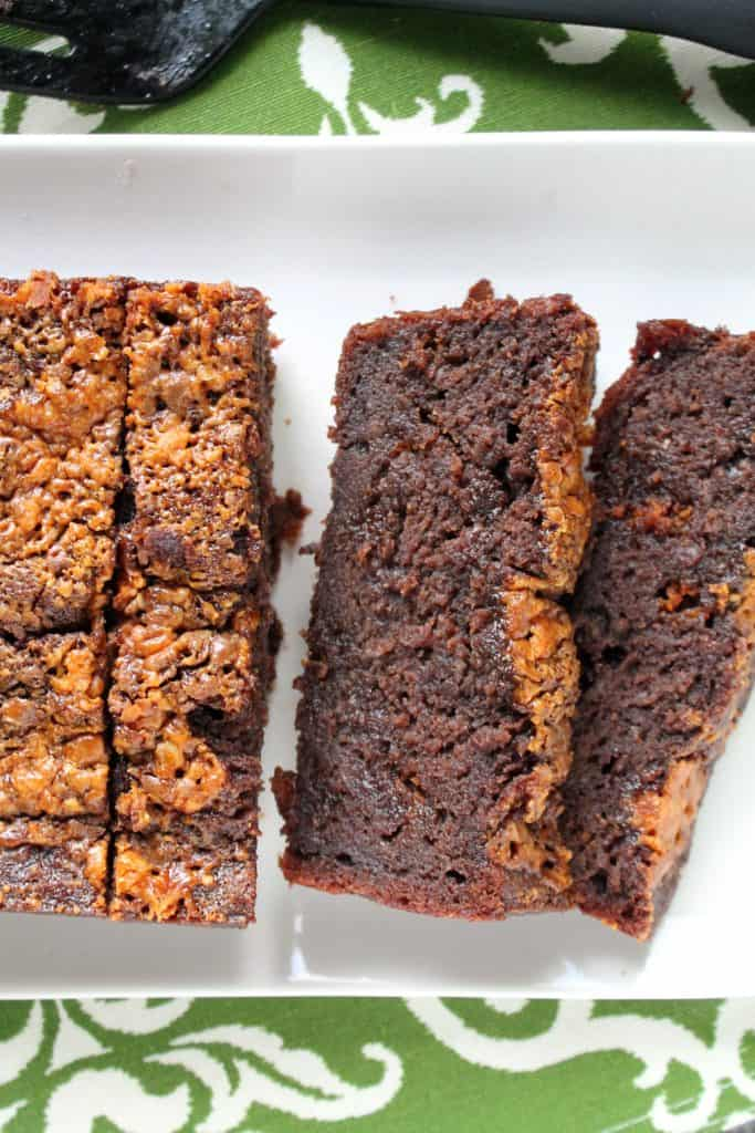 Butterfinger Brownie Banana Bread | The Spiffy Cookie