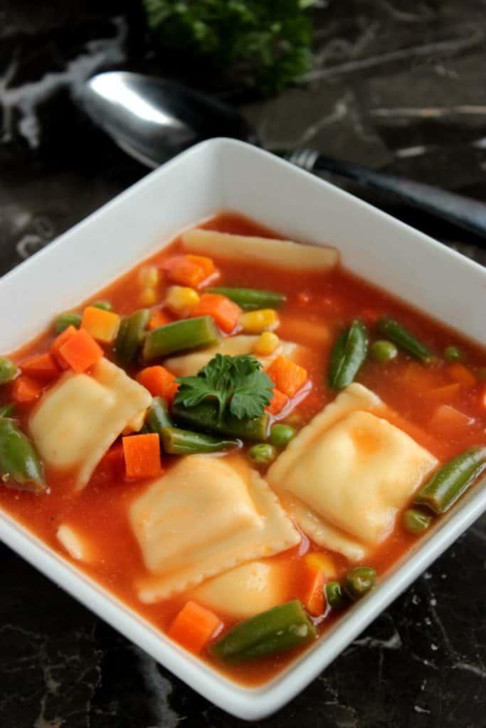 ingredient-ravioli-soup-2