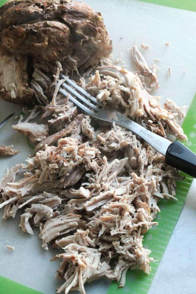 Slow Cooker Loaded BBQ Pulled Pork Nachos 2