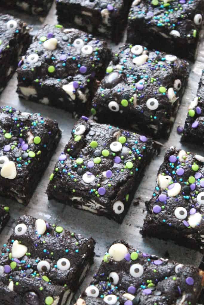 Dark Chocolate Cookies and Cream Bars 2