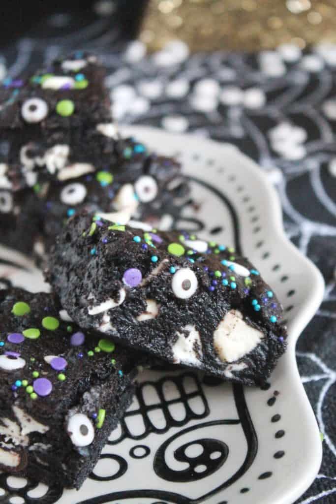 Dark Chocolate Cookies and Cream Bars 3